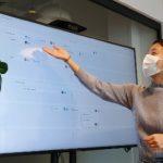 woman wearing mask in workplace